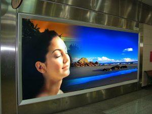 tranh điện quảng cáo