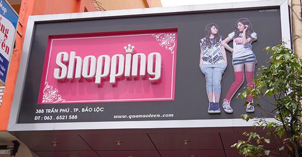 làm biển quảng cáo thời trang