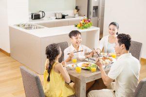 bàn gỗ gia đình đẹp